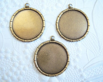 3 - Antiqued brass 18mm round bamboo rimmed settings- KT150