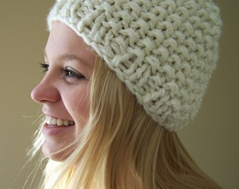 Knit Chunky Hat Cream, Chunky Knit Beanie Hat, Winter White Knit Hat, Winter Trends, Big Knit Creamy White Hat, Knit Cream Toque
