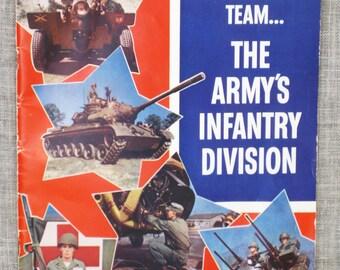 Military , Book , Army , Army Recruiter Magazine , Military Books , Army Manual , Armed Forces , US Military , Pamphlet , Patriotic