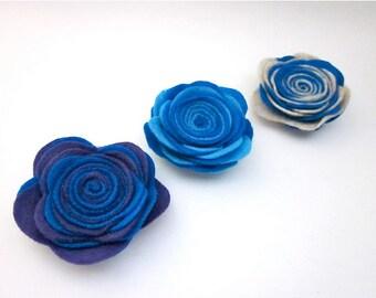 Blue Flower Brooch Pin -- Blue Lapel Pin -- Felt Flower Pins -- Blue Felt Flower -- Blue Felt Pin -- Two Tone Pin -- Blue Flower Lapel Pins