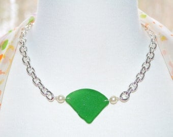 Sea Glass Jewelry Beach Necklace Heavy Silver & Thick Green with Pearls 4870