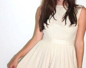 1950s khaki minimalist day dress
