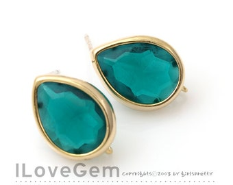 NP-1402 Gold plated, Glass Tear drop, Emerald Green, earrings, 92.5 sterling silver post, 2pcs