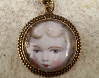 CLEARANCE Antique Doll Face Glass Cameo Pendant in Antique Brass Setting with chain