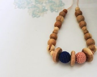 Discs Peach Navy Blue Nursing Necklace / Teething Toy / Teething Necklace Made In Israel