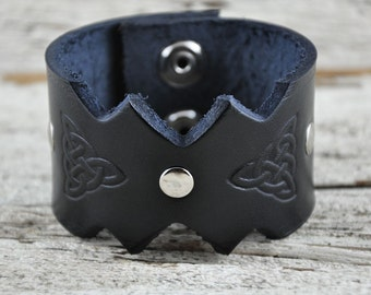 Celtic Trinity Leather Cuff