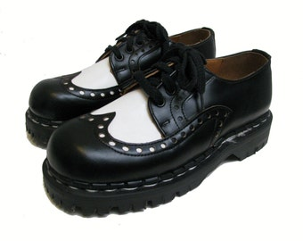 Gripfast Ranger Sole Shoes From England Womens Black and White Leather Brogue Shoes Fits Womens US Size 5