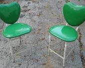 Dress Up Your Garden Sweet Metal Heart Folding Chairs