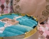 CANNON'S Bon-Bon gift Box of TURQUOISE TOWELS