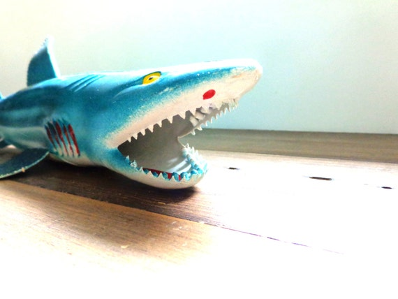Vintage shark toy made in china sharks 14 long free for Rubber fish toy