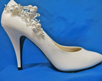 Pearl  Shoe Clips, Rhinestone Shoe Clips, Wedding  Bridal Shoes, Bridal Shoe Accessory,