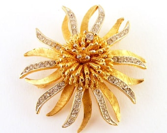 Vintage Rhinestone Flower Brooch BSK Large Gold