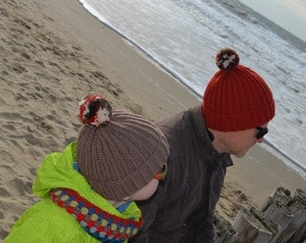 Crochet pattern : pom pommy hat for children - teens and adults