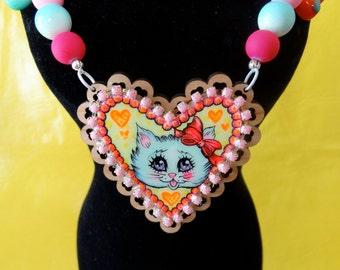 Retro Kitty Hand Painted Heart Cameo Pendant Beaded Necklace