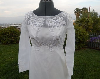 Vintage  1950s- 1660s Briadelour  INC gowens weddind gown