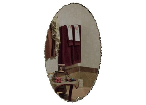 20 x 30 sans cadre miroir ovale avec bordure festonn e for Miroir biseaute sans cadre