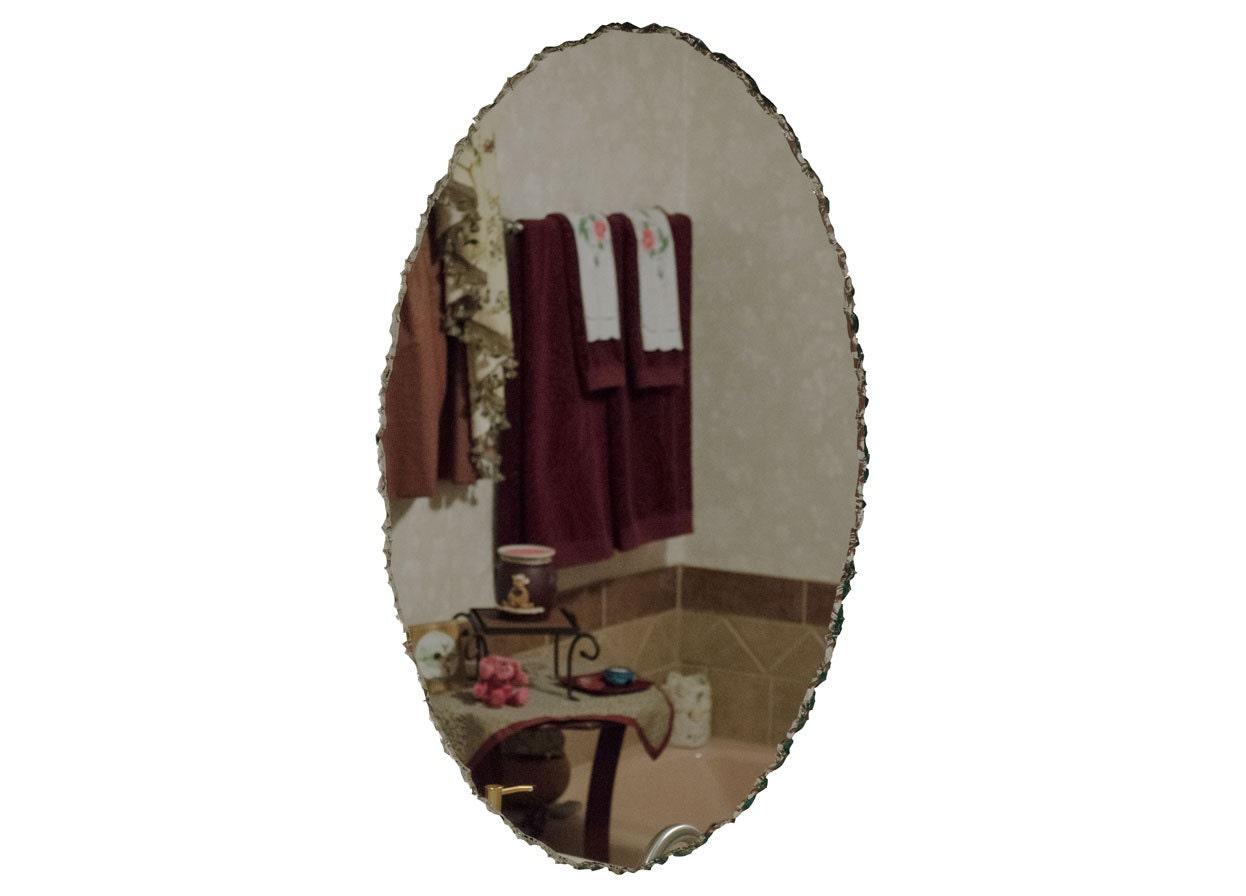 20 x 30 sans cadre miroir ovale avec bordure festonn e for Miroir 40x50 sans cadre