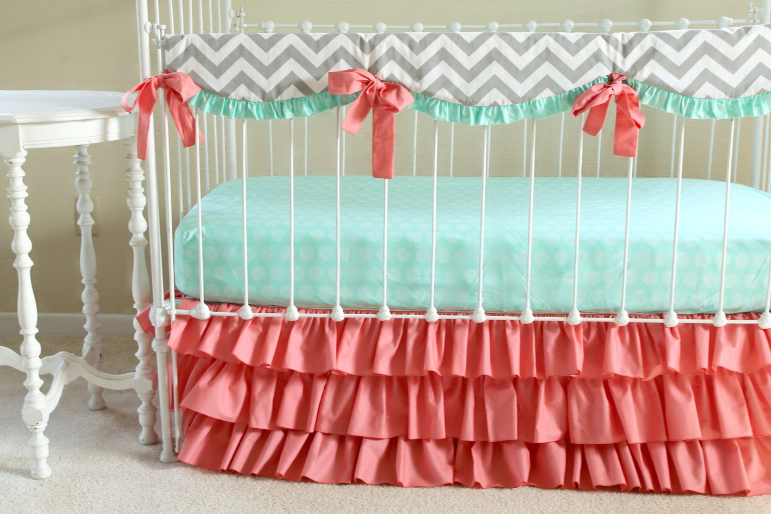 Baby girl bedding chevron -  Zoom