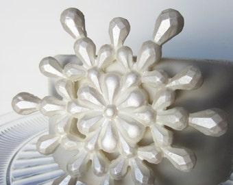 edible sugar snowflake pearl white