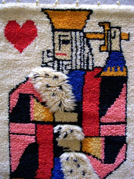 Vintage King Of Hearts Latch Hook Wall Hanging Large Woven