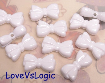 8 Bow Acrylic Charms.Off White