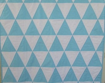 Modern Baby Quilt, Triangle Baby Quilt, Modern Crib Quilt in Light Blue and White Handmade by Dreamy Vintage Sheets
