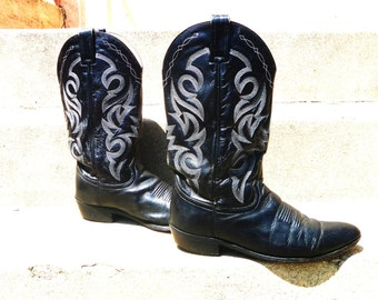 Vintage Western Cowboy Boots with Stacked Heel, Embroidered Shaft, Pointed Toe by Dan Post Men's Size 10 1/2