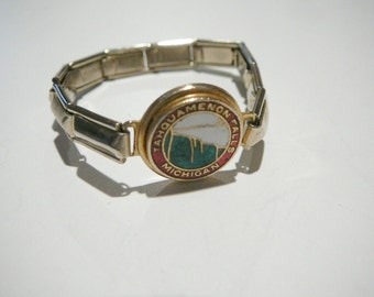 Vintage Michigan souvenir childrens stretch bracelet Tahquamenon Falls