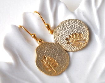 Tree of life Earrings Hammered tree gold plate, bridesmaid gifts, dangle earrings