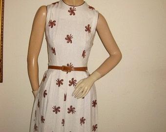 Vintage 50s Linen Embroidered Dress