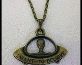 I want to believe Alien UFO Bronze Necklace X-Files