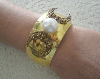 Triple Moon Goddess Cuff Bracelet, wiccan jewelry pagan jewelry wicca jewelry goddess jewelry witch witchcraft handfasting wiccan bracelet