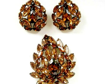 Vintage Jewelry Set Brooch Warm Brown Rhinestone Pin Clip Earrings Jewelry Set Root Beer Pin Earrings Gift for Her Gift for Mom under 50