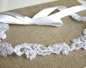 White Lace Wedding Headband, Bridal Lace Headpeice, White Lace Hair Accessory, Tie On Headband