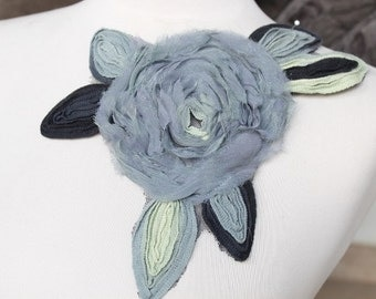 Cute embroidered     flower  applique
