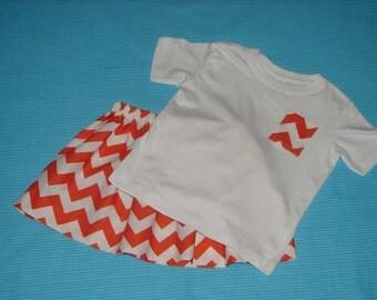 Skirt and T-shirt Set Toddler 2, Little Girls Tee Shirt and Skirt Set, Girls Clothing, Girls Clothes, Girls Chevron Outfit