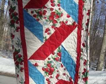 Table Runner Ribbon Twist Strawberries Red White and Blue