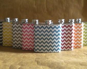 Bachelorette Party Flasks Set of 8 Chevron Print 6 ounce Bridemaids Sorority Women Gift Flasks KR2D 7031