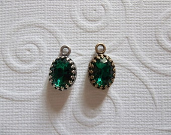 10X8mm Emerald Green Charms - Czech Glass Gems - Your Choice Settings - Qty 2