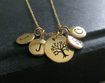 Grandmother necklace, family tree initial necklace, Personalized holiday gift for mother and grandma, tree of life charm