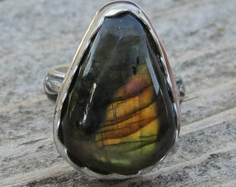 Native American Inspired Labradorite Sterling Silver Ring - Size 8