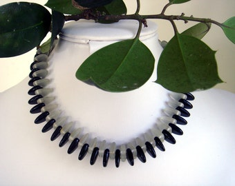 DECO Necklace Black and Clear Daggers