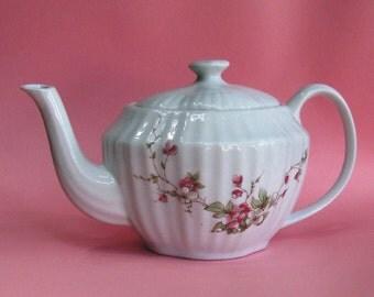 Pink blossoms Belle Francais teapot
