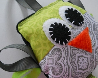 Owl Softie Sensory Toy -Ribbon Tag  Puffers -  Baby Shower Gift - plush  educational toy lovey with minky dot / Lime & Grey Owl