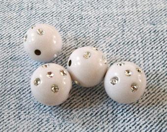 Dice Round Acrylic White Beads