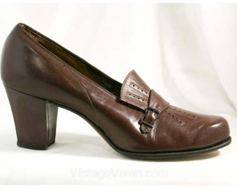 1930s Secretary Style Cognac Leather Pumps - Size 5.5 AA - Shoes - Pumps - Deadstock - Fall - Buckles - Excellent Conditon - 40058-1