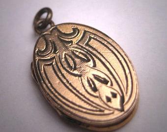 Antique Gold Locket Victorian Vintage Engraved Gothic 19th Century
