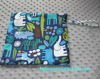 Wet Bag 10 x 10 - Zoo 2D - Ready to Ship