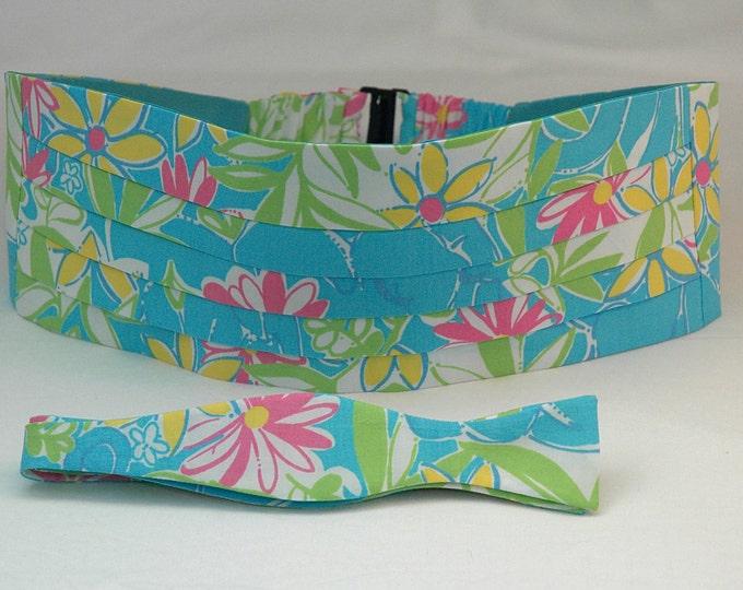 Men's Cummerbund & Bow Tie set, turquoise Garden Vista Lilly print, wedding cummerbund, groom cummerbund set, tux accessory, prom cummerbund