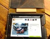 DriggsAve iPad folio, handmade leather case, brown business folio case, handmade leather bags, cases and covers by Aixa Sobin, bag maker